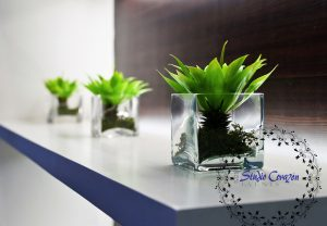 Corporate flowers in the glass
